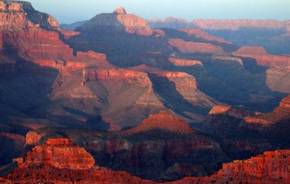 Гранд Каньон в США — это древний карьер по промышленной добыче урана