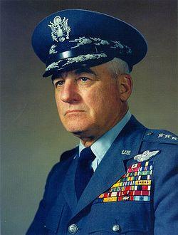 Генерал Натан Туайнинг