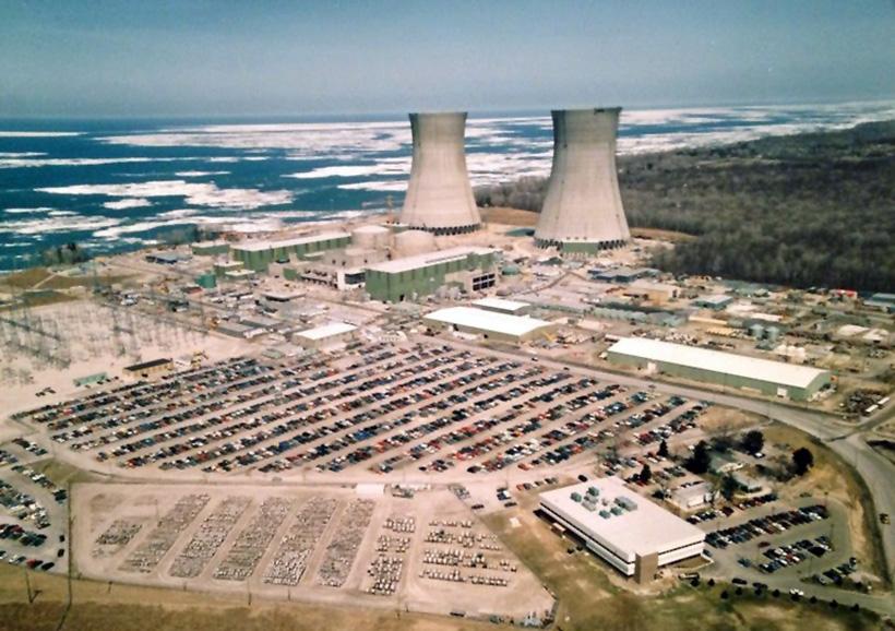 Атомная электростанция в Перри в США