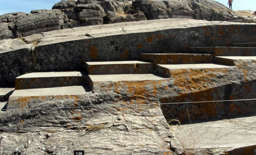 Следы размягчения камня в Куско