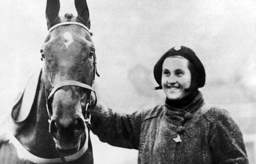 Дороти Пэйджет (Dorothy Paget)