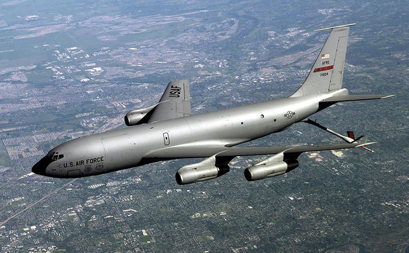 Самолёт-заправщик KC-135
