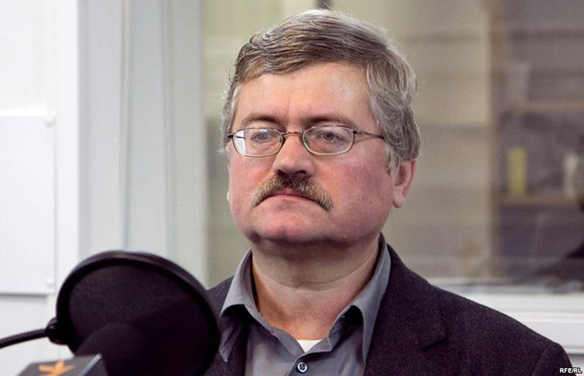 Александр Пикаев