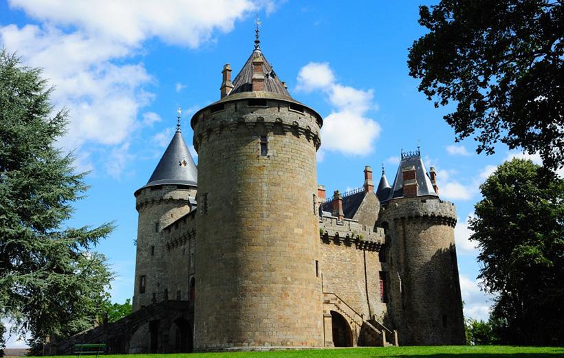 Замок Комбур