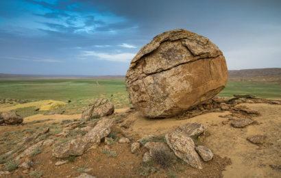 Долина шаров в урочище Торыш — загадочное место в Казахстане