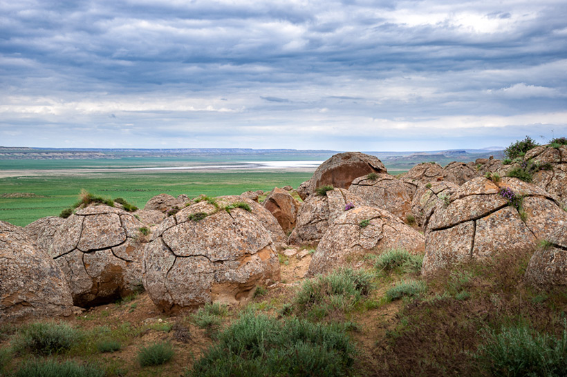 Долина шаров в урочище Торыш - загадочное место в Казахстане