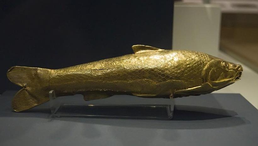 Золотой сосуд