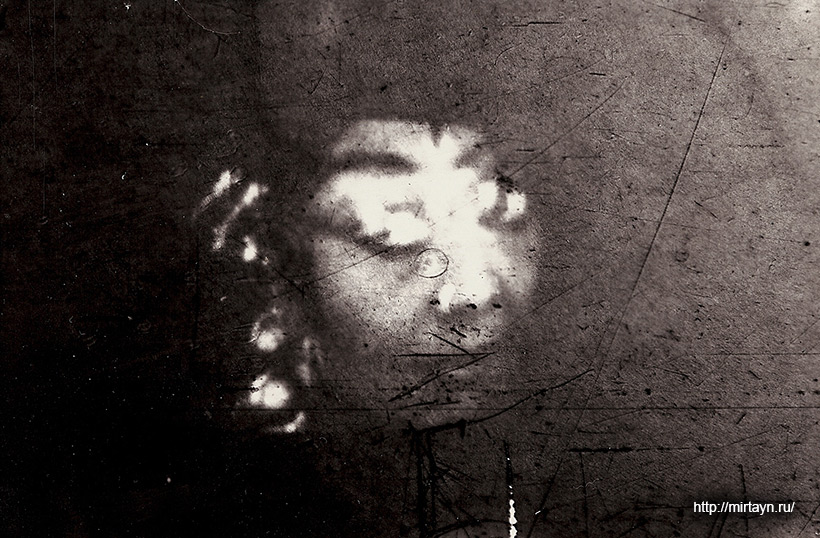 Лик женщины - привидение в квартире города Ташкента