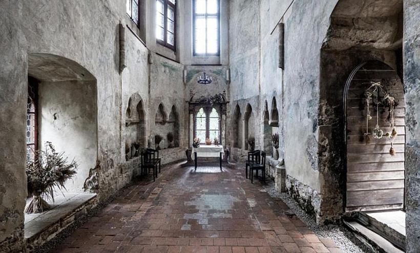 Интерьер замка Гоуска