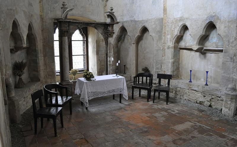 Алтарь в замковой часовне