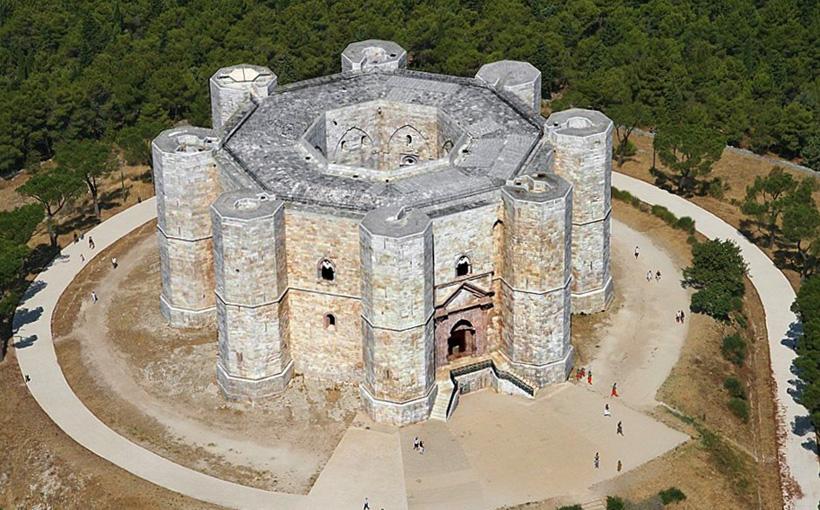 Кастель дель Монте