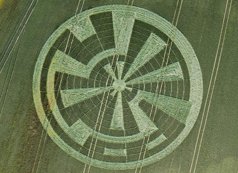 Круги на полях - это сообщения инопланетян о будущем