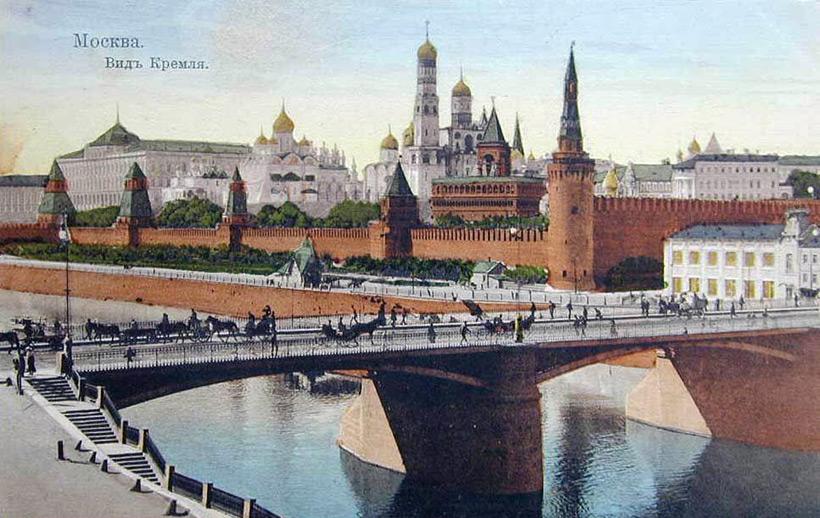 Вид на Кремль в 1910 году