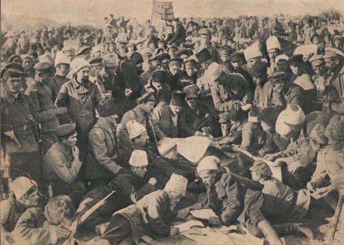 O Princípio Anarquista e Outros Ensaios | Piotr Kropotkin