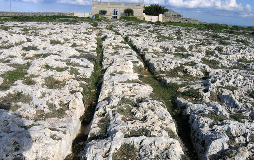 Странные колеи  Мальты