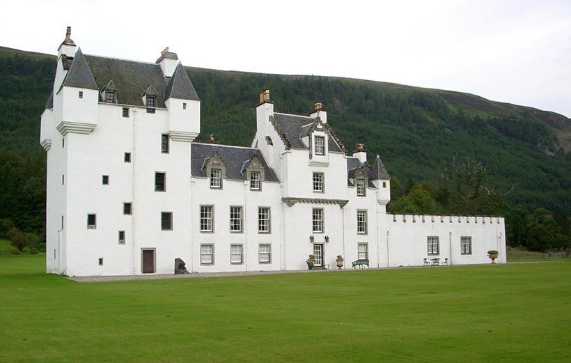 Замок Меггерни