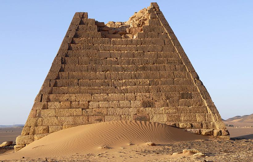 Пирамиды Мероэ