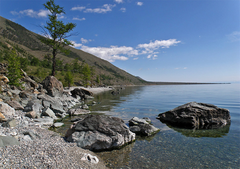 Берег Байкала. На пути к мысу Рытый
