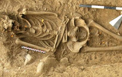 В Италии нашли останки ведьмы, прибитые гвоздями к земле