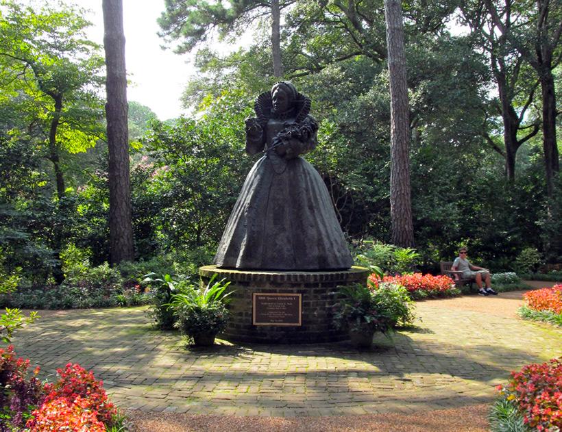 Памятник королеве Елизавете I