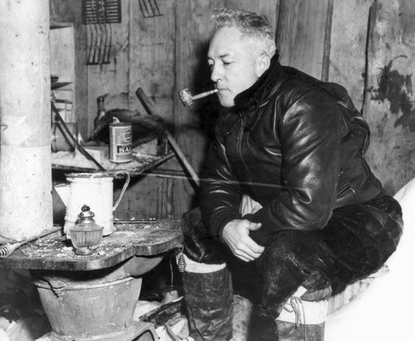 Ричард Бёрд на антарктической станции «Литтл-Америка IV»