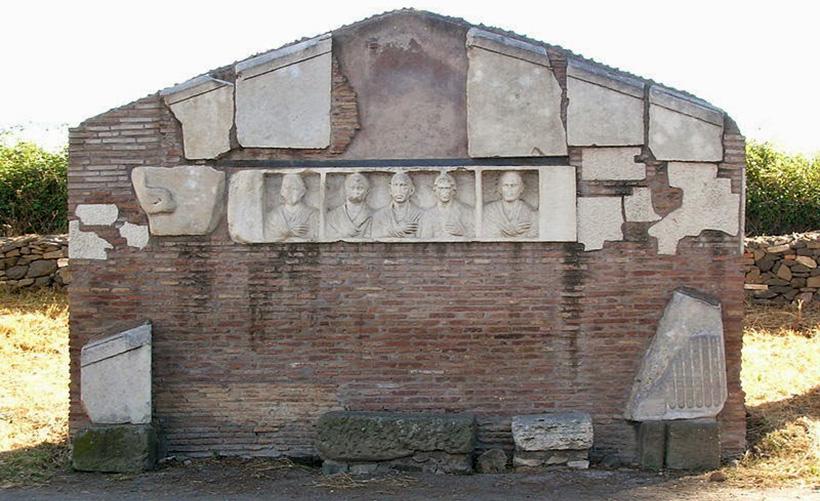 Гробница Илария Фуска
