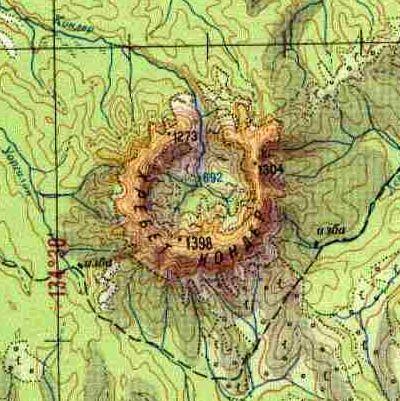Кольцевой горный массив Кондёр