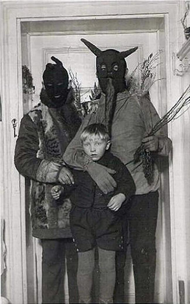Странная фотография из прошлого
