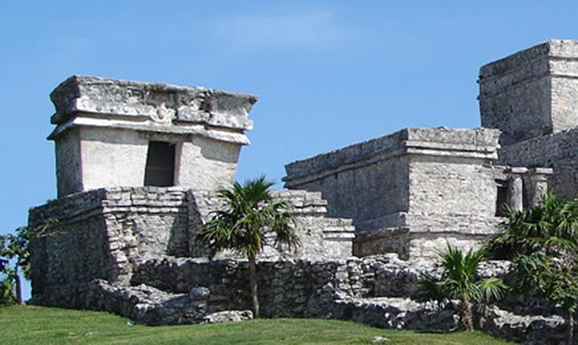 Храм ныряющего бога