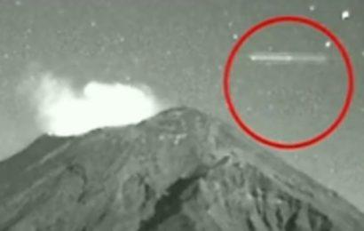 Сигарообразный НЛО был замечен над вулканом Попокатепетль в 2013 году