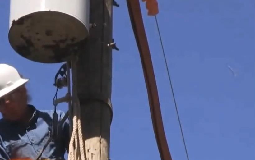 Сигарообразный НЛО попал на видео в штате Тахас в 2013 году