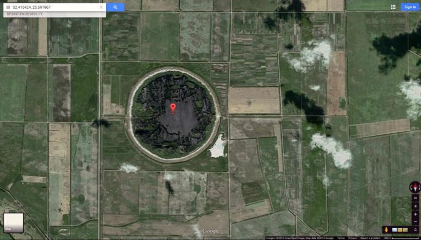 Фотография ядерной воронки на территории Белоруссии