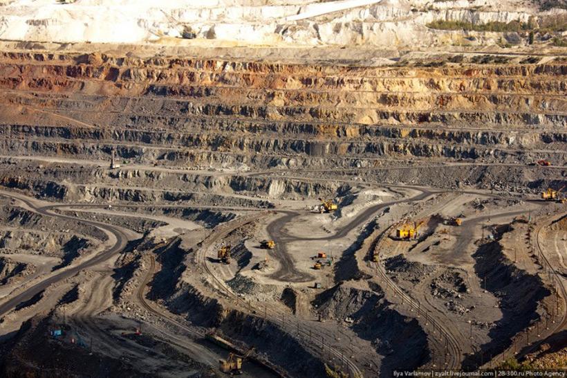 Добыча железной руды на Лебединском месторождении