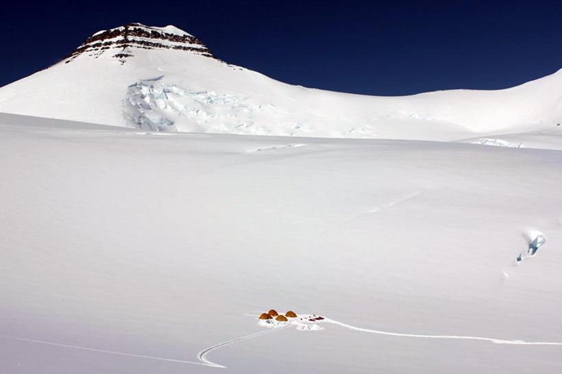Gunnbjorn. Высочайшая гора Гренландии. 3700 метров