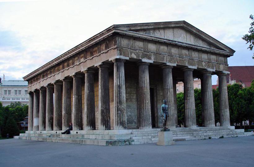 Храм Тезеуса в Венне, Австрия