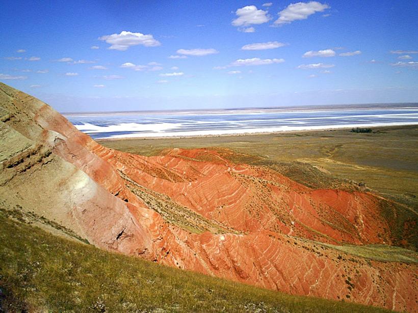 Озеро Баскунчак и гора Богдо в России, Астраханская область