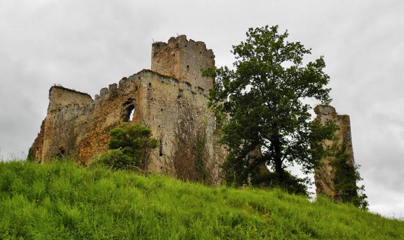 Замок Монтеспан